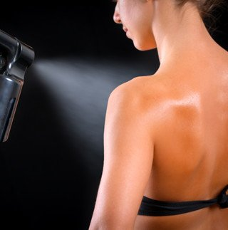 Spray tanning